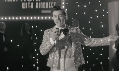 Harry Styles dances his way into 2021